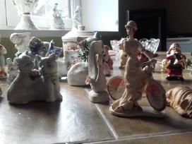 Daug porceliano statulėlių - nuotraukos Nr. 2