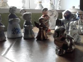 Daug porceliano statulėlių - nuotraukos Nr. 5