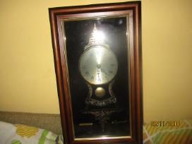 Senovinio stiliaus laikrodis 25 eurai