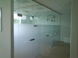 Berėmio grūdinto stiklo-metalo konstrukcijos - nuotraukos Nr. 4