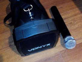 Nauja Nesiojama kolonele su bevieliu mikrofonu