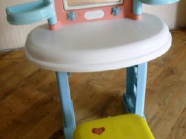 Grožio stalelis mergaitei