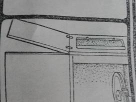 Stalas - spintele kojinei siuvimo masinai