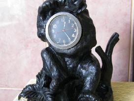 Stalinis Laikrodis .labai Grazus.kasli . 5,5 kg.