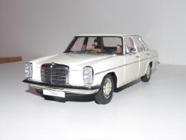 Mercedes-benz/8 220 D (Mastelis 1:18)