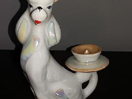 Porcelianinė žvakidė pudelis