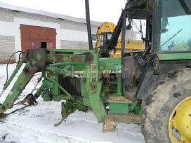 Traktoriaus john deere 2140 atsarginės dalys
