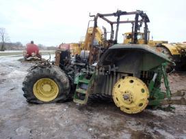Traktoriaus john deere 7810 atsarginės dalys