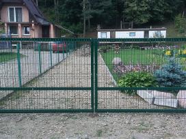 Atveriami kiemo vartai ir montavimas