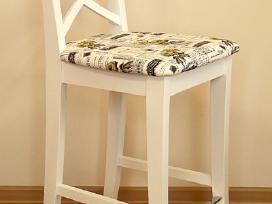 Pusbario kėdės