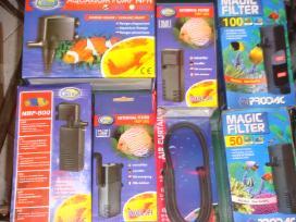Įvairus žuvų maistas ir akvariumistikos prekės.