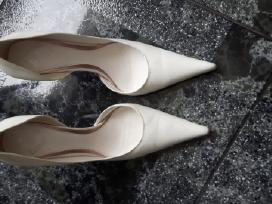 Skubiai nauju Balti odiniai aukštakulniai bateliai