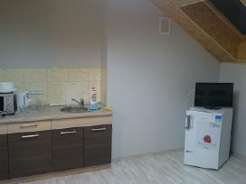 Trumpalaikė kambarių nuoma Šiauliuose  Nuomojami trys atskiri erdvūs kambariai.Kiekviename kambaryje yra virtuvė su visa maistui r...