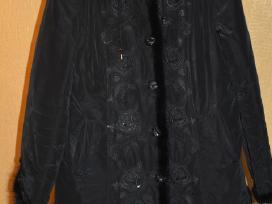 Juodas paltas nebrangiai