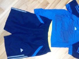 Parduodu Adidas sportinę aprangą 152cm berniukui