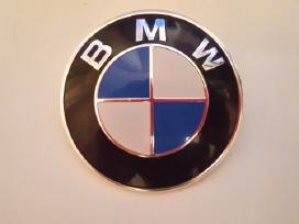 Bmw zenkliukai emblemos ant kapoto ir bagazines
