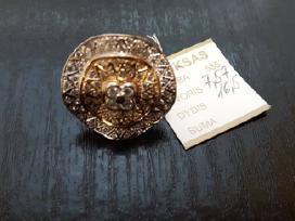 Didelis auksinių žiedų pasirinkimas