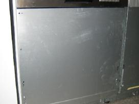 Įmontuojama indaplove Aeg F56602imop