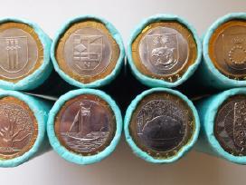 Litų ir eurų monetos ritinėliuose