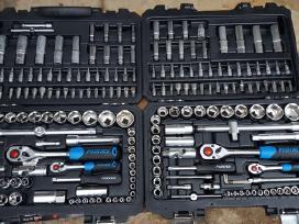Įvairūs darbo įrankiai/serviso įranga