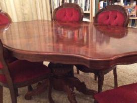 Klasikinis stalas ir 6 kedes