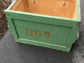 Medinė karinė dėžė