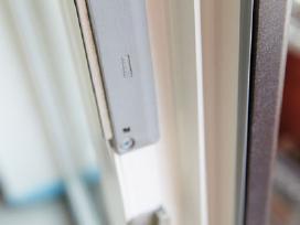 Plastikinių langų reguliavimas remontas.garantija.