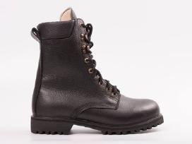 Auliniai darbo batai natūralios odos