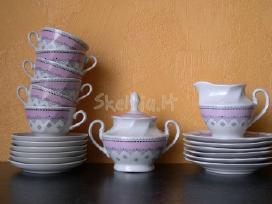 Porceliano komplektas.zr. foto.