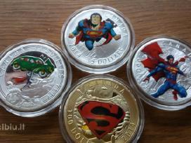 Parduodu gražiu monetų kaina 25 euru.