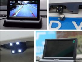 Belaide naktinė parkavimosi kamera su LCD ekranu
