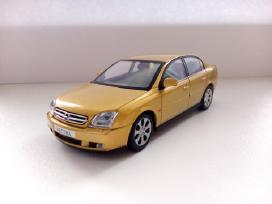 1/43 modeliukai Opel Vectra C sedan