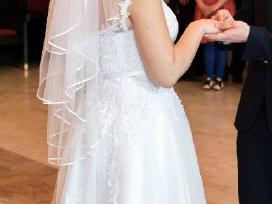 Vienetinė skaisčiai balta vestuvine suknelė - nuotraukos Nr. 2