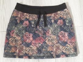 Gėlėtas sijonas pavasariui