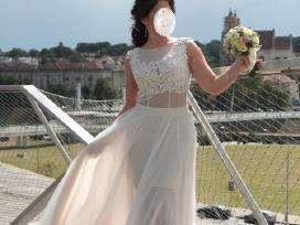 Tiulio fejos vestuvine suknele
