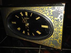 Staliniai laikrodziai