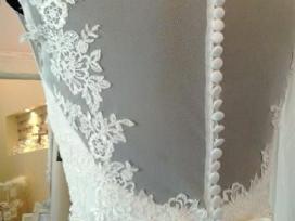 Vienetine vestuvine suknele