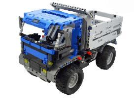 Rc valdomas modelis suderinamas su Lego Technic