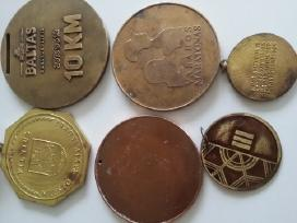 Ivairus medaliai