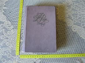 Knyga - lietuviu k. .zr. foto. Akcija - 50%