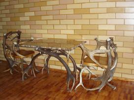 Stalas ir 4 kėdės