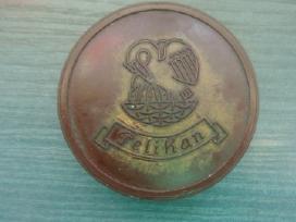 Vokiška vintažinė Pelican dėžutė