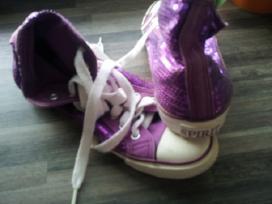 37 dydzio batai Mazai nesioti.kaina maza