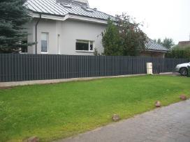 Metalinės, skardinės, segmentinės tvoros tvėrimas - nuotraukos Nr. 2