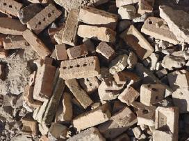 Priimu statybinį gruzą keliui, statybos atliekas