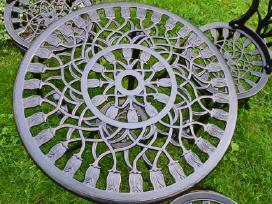 Nauji metaliniai staliukai ir suoliukas