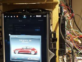 Tesla Model S Diagnostika,programavimas,perdarymas