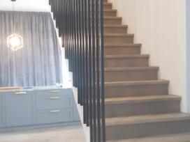 Metaliniai turėklai ir laiptai