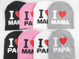 """Vaikiška kepuraitė """"Aš myliu mamą ir tėtį"""""""
