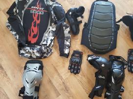 Motociklininko apsaugų nuoma egzaminams